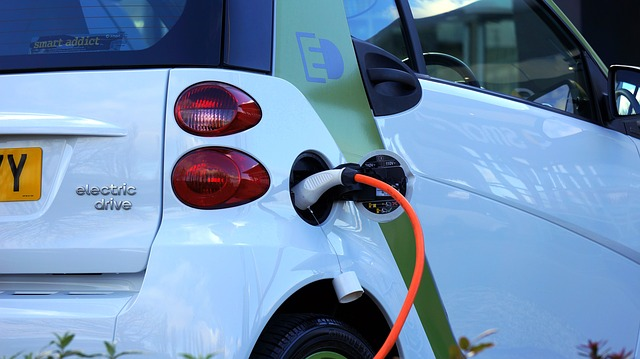electric-car-1458836_640